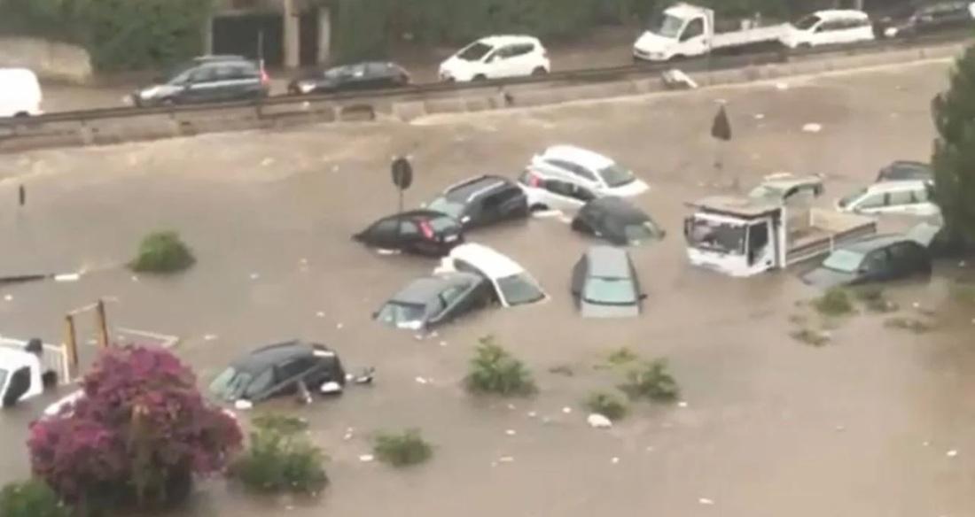 Alluvione a Palermo - 15 luglio 2020 - al posto del Festino di Santa Rosalia vietato